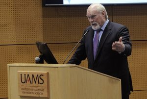 """Terry Bradshaw tells the UA Board of Trustees that before his knee replacement surgery he was in """"100 percent acute pain."""" Five weeks later, he is now pain free."""
