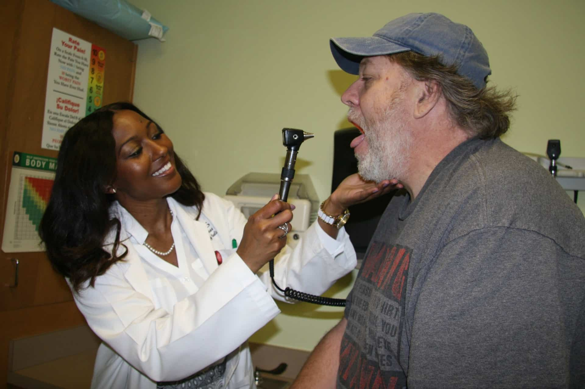 Doctor examines patient