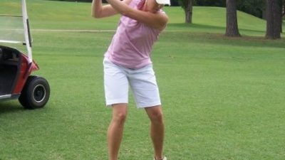 Carrie Stewart playing golf