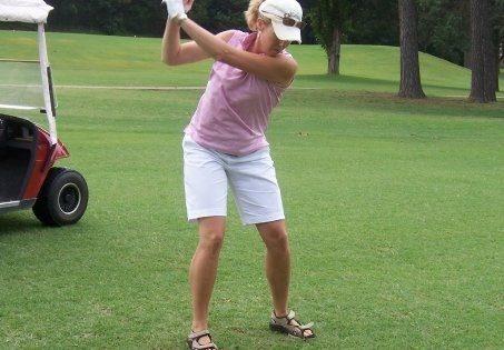 Carrie Stewart playing golf