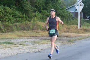 Holder runs in the Benton 20k in 2017