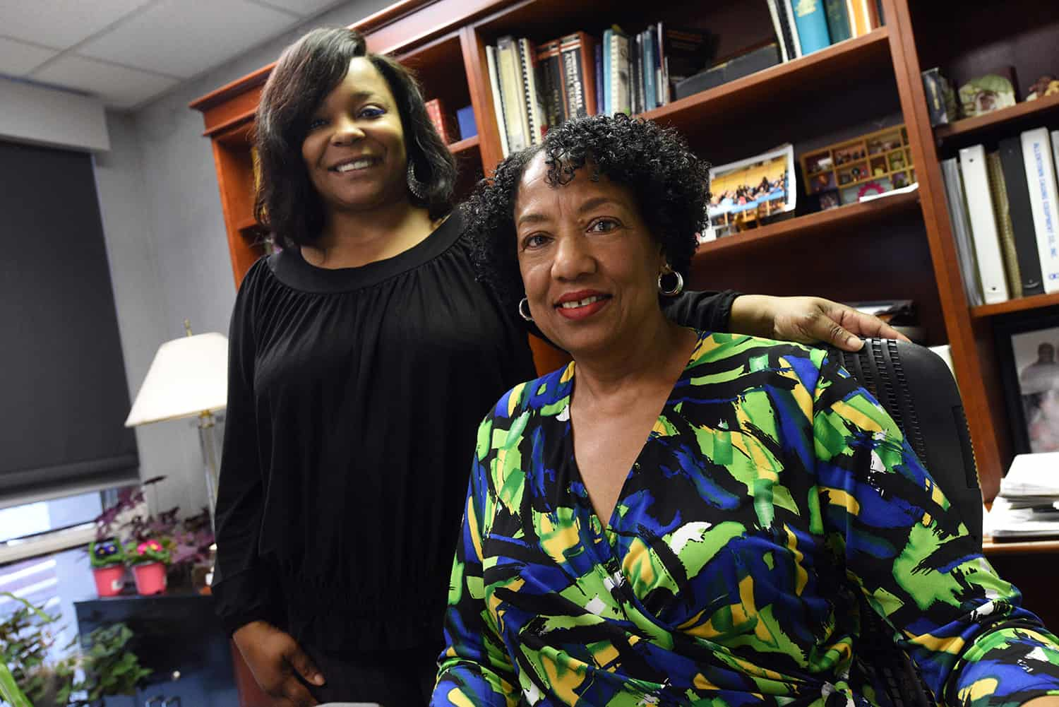 Marlo Thomas and Mildred Randolph, D..V.M., facilitate the Seeking Educational Equity and Diversity (SEED) Project, a program that uses group discussions to lead change within communities through personal growth, professional development and social justice.