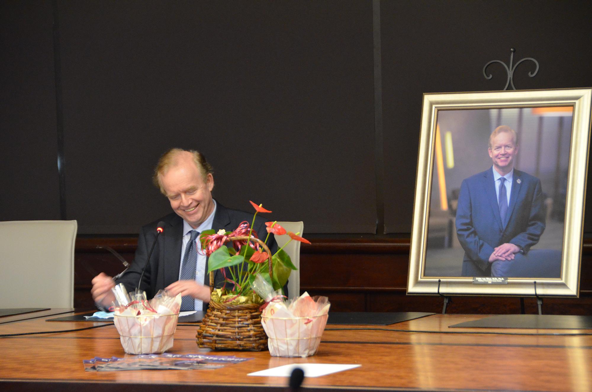 Dr. Frits van Rhee